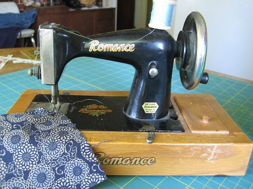 hand crank vintage toy sewing machine
