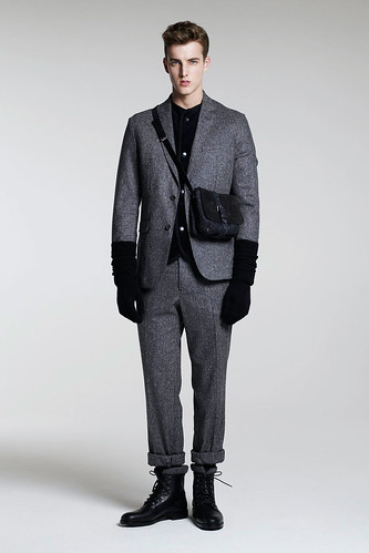 James Smith3058_FW10_London_B Store(GQ.com)