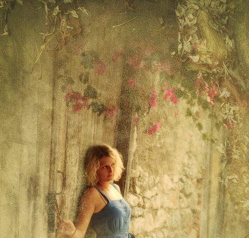 [フリー画像] 人物, 女性, グラフィックス, フォトアート, 201007251500