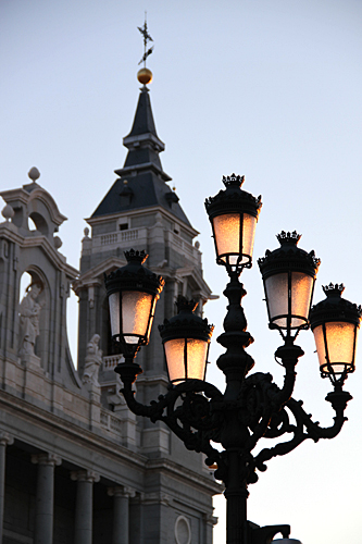 street-lights-madrid