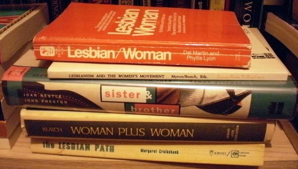 Lesbian stack