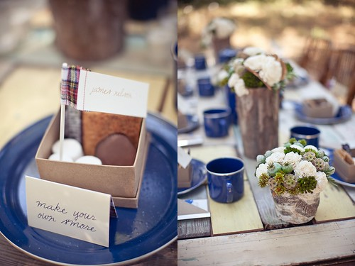rustic-outdoor-wedding-make-your-own-smores-wedding-favors