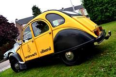 De Uitleend... (CitroenAZU) Tags: black car yellow garage citroen engine rental special geel zwart vlaardingen moteur 2cv6 eendenwacht uitleend