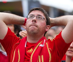 Spain (Popeyee) Tags: world pictures espaa cup sports southafrica fan photo football foto photographer image photos fifa soccer picture images wm espana spanish fans futebol 2010 sudafrica worldcup2010