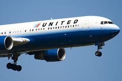 N652UA - 25390 - United Airlines - Boeing 767-322ER - 100617 - Heathrow - Steven Gray - IMG_4041