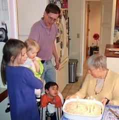 Nainai's birthday cake