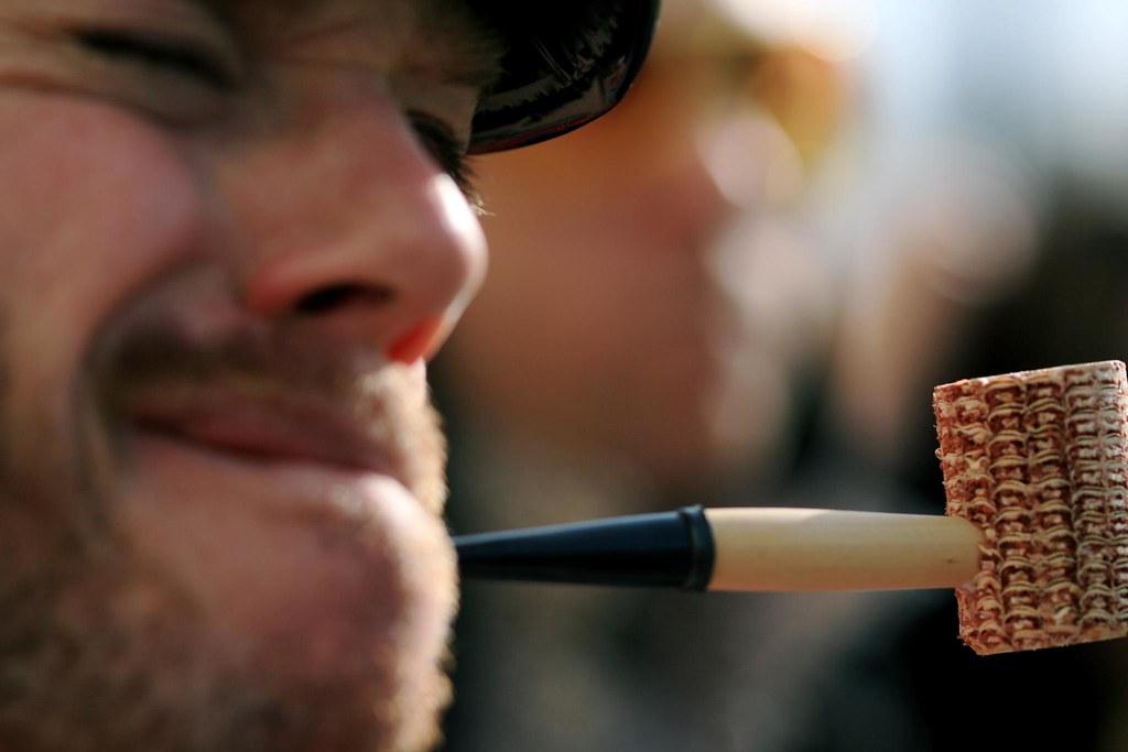 Popeye's corncob pipe