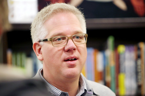 glenn beck book. Glenn Beck book signing at
