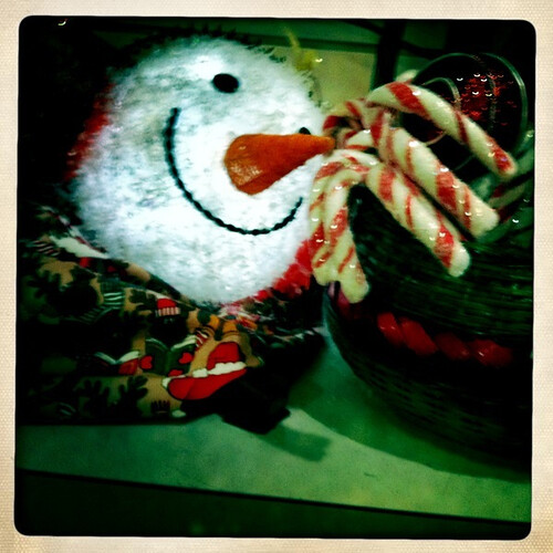 A pre-Thanksgiving snowman head at the Woman's Exchange