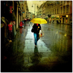 November Rain (pixel_unikat) Tags: street city november reflection rain umbrella linz austria rainy colourful textured thankstolenabemfortexture