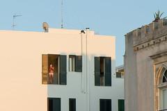 Otranto, piazza degli Eroi (Angelo M™) Tags: otranto salento puglia eroi piazza mutande landscape paesaggio mare sea italia italy italian window finestra