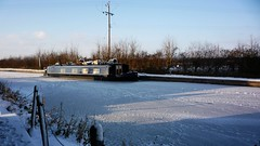 Going Nowhere. (Hotfish) Tags: ice canal frozen houseboat wiltshire narrowboat kennetavon winterscene kennetavoncanal thebarge seend seendcleeve