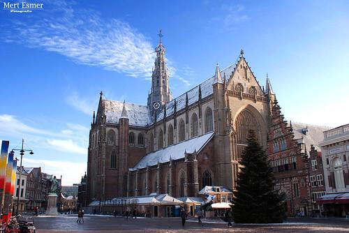 Sint-Bavokerk by Mert Esmer.
