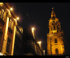 Kilianskirche aka Kilian's church (Paro...) Tags: light church night germany lights gothic nightshots kilian heilbronn kilianskirche gothicstructure kilianschurch