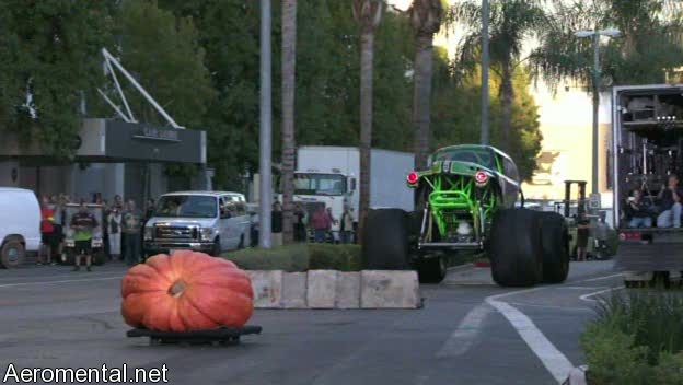 último Conan O'Brien The Tonight Show Monster Car