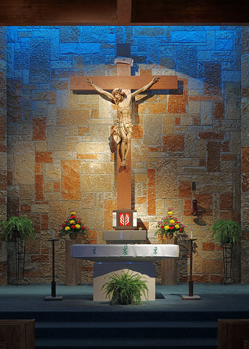Incarnate Word Roman Catholic Church, in Chesterfield, Missouri, USA - sanctuary