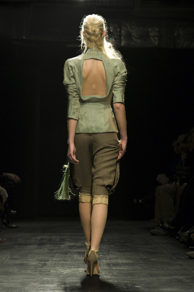 Julien FourniŽ - DŽfilŽ Haute Couture Paris Spring Summer 2010 -