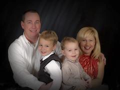 familyfotoreg_edited-1