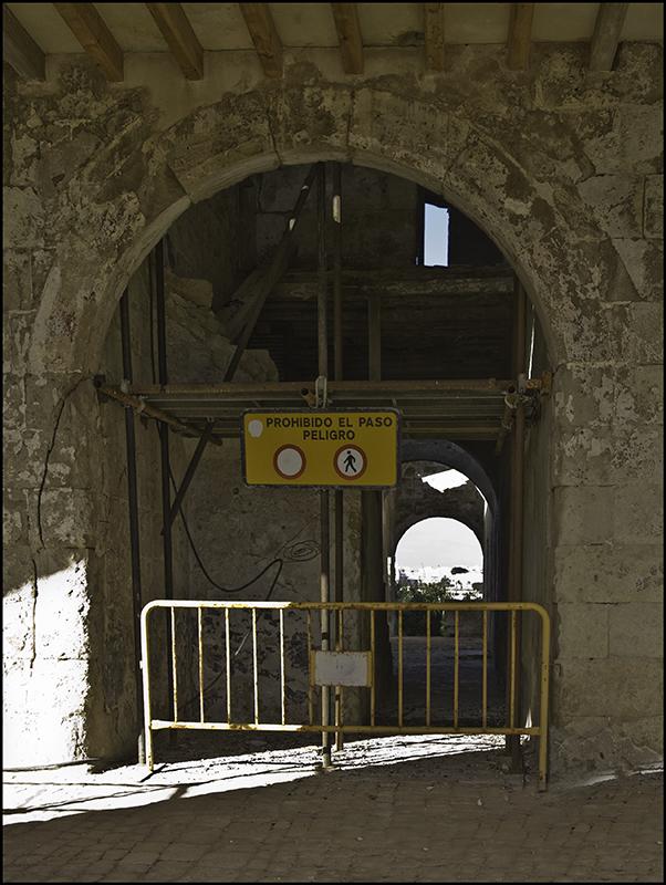 Está Cerrado por DERRIBO