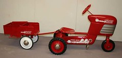 "1955 Murray Tractor and Trailer Restored • <a style=""font-size:0.8em;"" href=""http://www.flickr.com/photos/85572005@N00/4347024762/"" target=""_blank"">View on Flickr</a>"