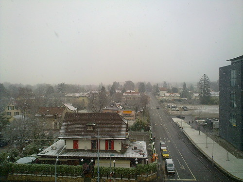 Snowing in Geneva