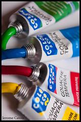 Color & Co (Jerome Catois) Tags: color macro digital jaune canon studio rouge eos flash tube vert peinture bleu lumiere co gouache couleur multi boite sunpack 40d 4000af