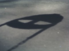 Alien Sighting in the Playground!!! (Renee Rendler-Kaplan) Tags: bw snow gbrearview kodak beware run aliens hide february kodakeasyshare ohno gapersblock 2010 runforyourlife walkingthedog chicagoist aliensighting snowywinter isawitfirst callsomeone reneerendlerkaplan documentedrighthere