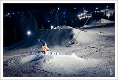 Vassfjellet (Severin Sadjina) Tags: lighting winter light mountain snow ski sports norway night snowboarding evening lowlight skiing action box availablelight 85mm resort skiresort snowboard nightscene trondheim snowboarder flashes actionsports strobes vassfjellet underdusken butterbox nosepress strobist 5dmarkii 5dmkii