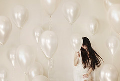 Balloon Brood (.Bradi.) Tags: red white selfportrait girl balloons longhair lips pale strings desaturated breeze simplistic uncolored bisforballoon ifiwerehomeiwouldhaveplayedwithbooksinstead imissmybooks