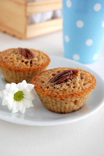 Pecan and maple friands / Friands de pecã e xarope de bordo