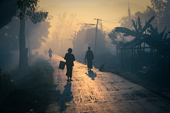 morning to market (samthe8th) Tags: morning light wall dawn sam market dusk availablelight burma accepted1of100 indigo myanmar inlelake greenlantern nyaungshwe mynamar nyaung shwe cy2 matchpointwinner d700 flickrchallengegroup flickrchallengewinner tpoty thepinnaclehof tphofweek35 fourfromburma shmedal fcgdone f64g28r1win matchpointtournamentwinner