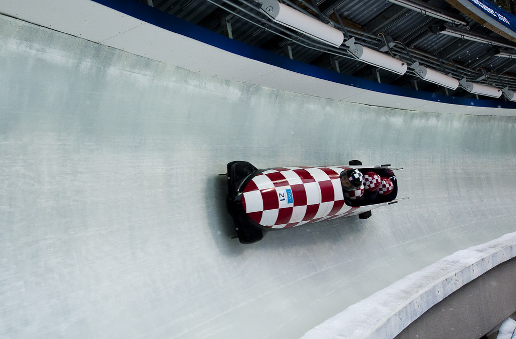 Bobsled_(3_of_8)