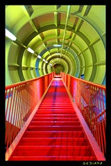 red stairs (sediama (break)) Tags: sf blue light red brussels green rot colors architecture stairs colours expo pentax steel belgi bruxelles tunnel treppe staircase 1958 sciencefiction lamps grn brssel brussel atomium hdr bunt bannister farben belgien photomatix royaumedebelgique mywinners abigfave colorphotoaward k20d sediama igp7899900901 bysediamaallrightsreserved