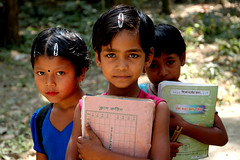 [フリー画像] [人物写真] [子供ポートレイト] [外国の子供] [少女/女の子] [バングラディッシュ人]      [フリー素材]