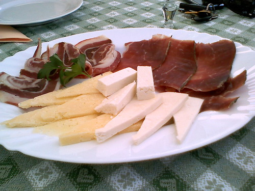 Istrian pršut, pancetta, fresh and matured sheep cheese