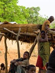 Au village...-Benin (Justinsoul) Tags: voyage africa leica trip travel flickr afrika benin paysage pays pais afrique   atakora vlux1  otammari fluidr justinsoul