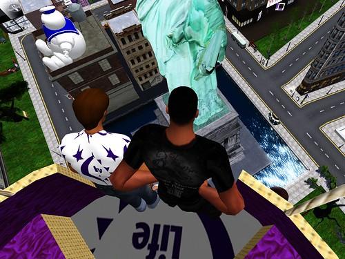 NEWYORK_Two_Dummies2