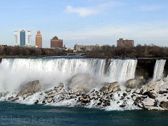 America The Beautiful - Niagara Falls NY (flipkeat) Tags: new york usa mist snow ny ice beautiful birds closeup digital america landscape niagarafalls waterfall veil photos sony awesome scenic niagara falls american waterfalls bridal bridalveilfalls magnificant digitalworld niagarafallsusa senecaniagaracasinohotel dschx1