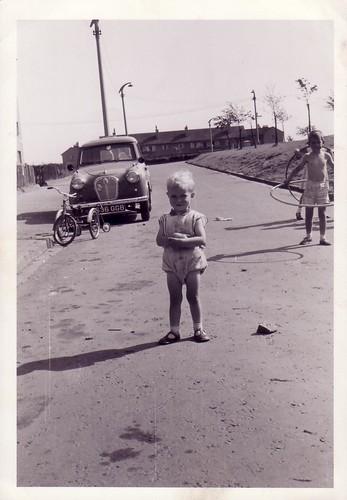 Terry & Greg Shields, Glendevon Square, Ruchazie 1962-63