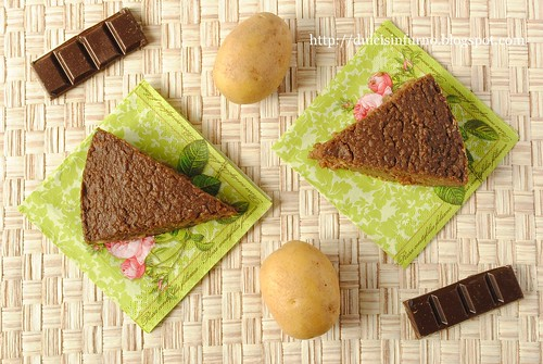 Torta di Patate e Cioccolato-Potato and Chocolate Cake