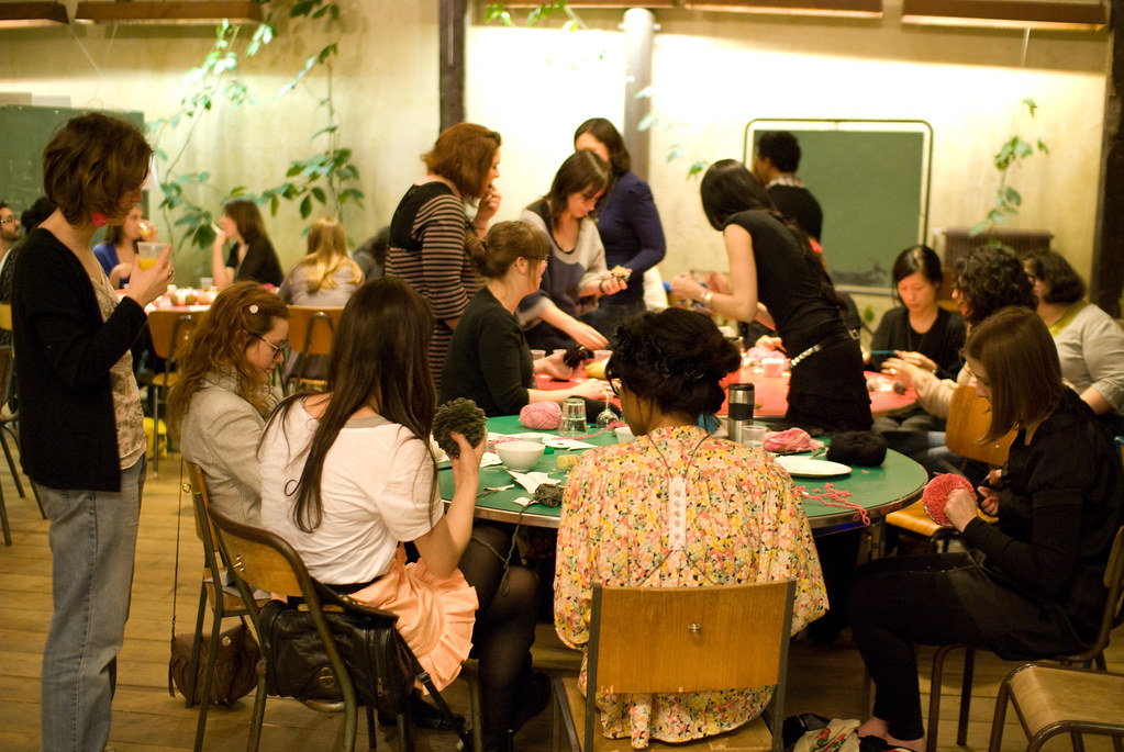 L'atelier pompon - craft night d'Etsy