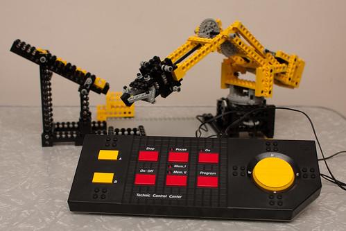 Lego 8094 Control Centre (2)