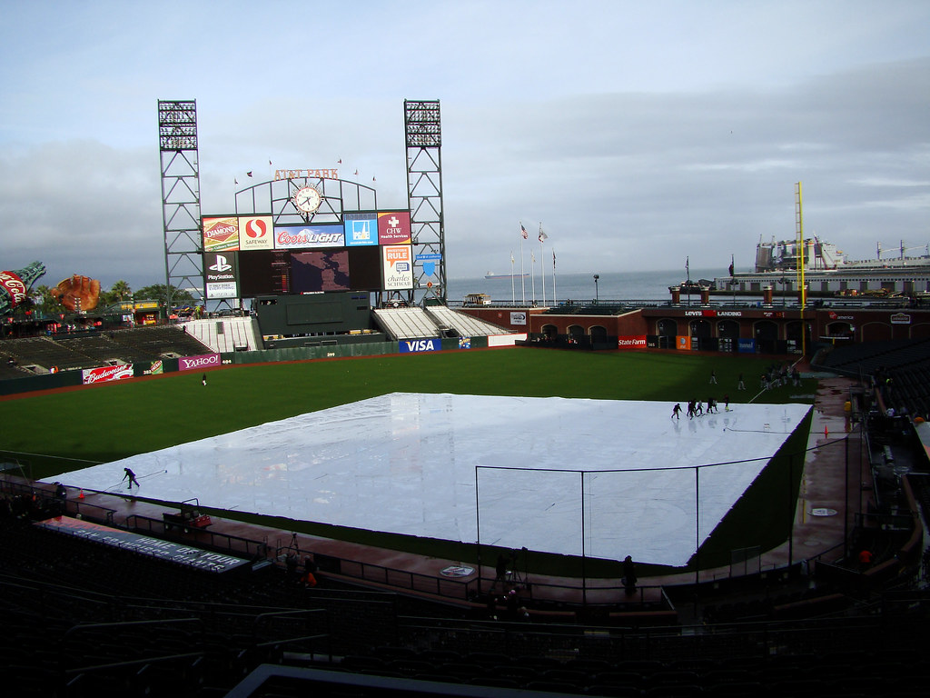 DSC05895  AT&T Park groundskeepers and tarp