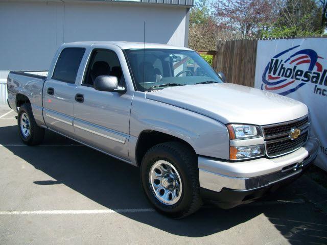 silver tn nashville 4x4 pickup madison chevy ls2 silverado1500 wholesaleincmadisonwholesalecarscarautomobilesautomobilevehiclevehiclestrucktruckssedanstylishpowerfulminivannashvillecustomerservicetennesseereliablepreownedusednashvilleautoauctionautoauctiondealspecialwholesalepricingc