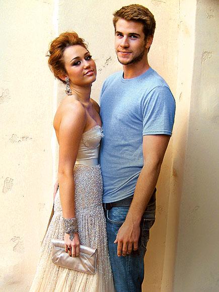 Miley-Cyrus-Oscars-6