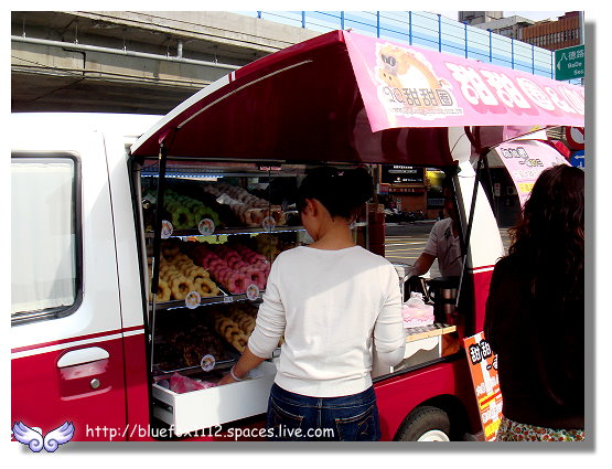 100417華山創意文化園區21_T1餐車俱樂部