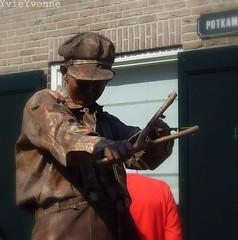 Kruimeltje (YvieYvonne) Tags: living championship statues overijssel 2010 borne kruimeltje