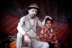 Old man and a boy (Swiatoslaw Wojtkowiak) Tags: india festival baba sadhu naga haridwar kumbhmela 9158