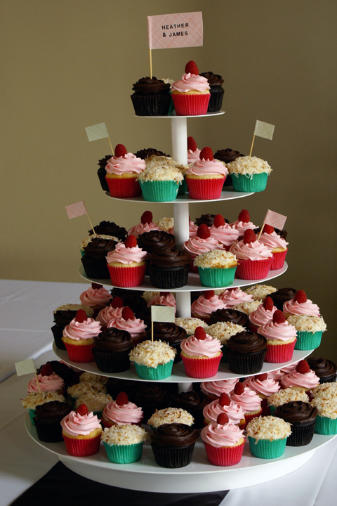 wedding cupcakes for spring fete!