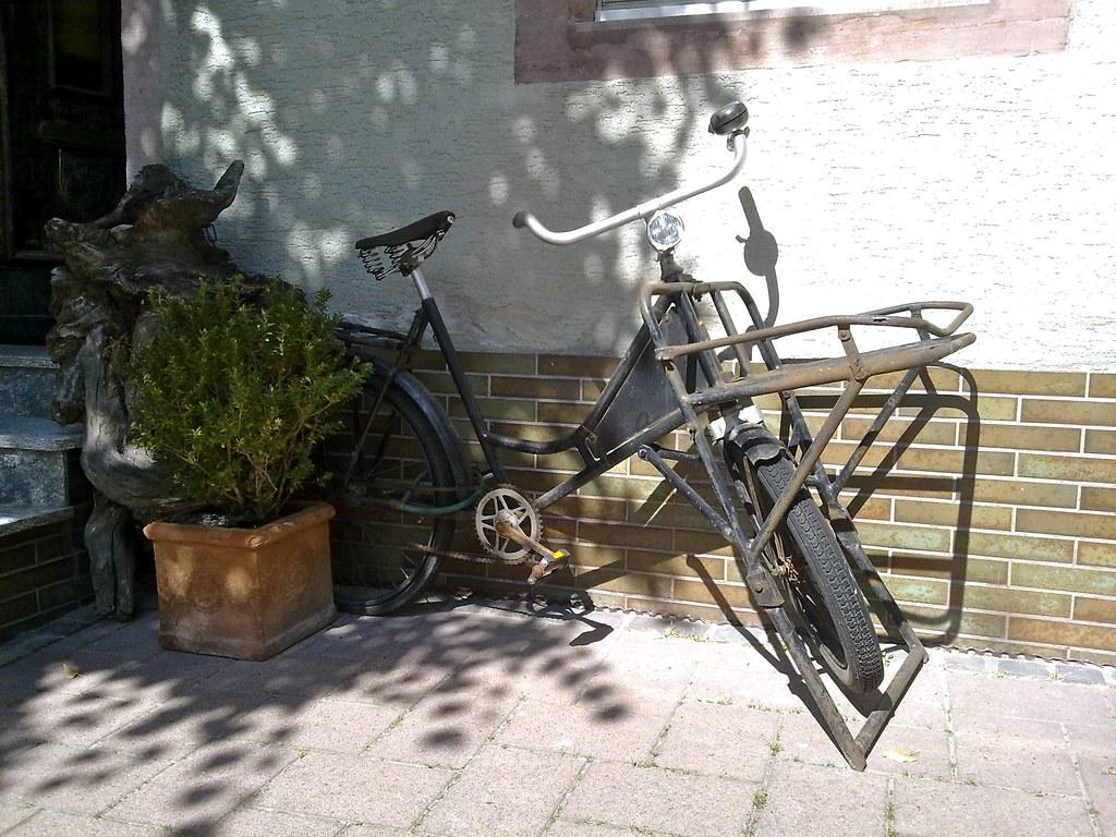 found that old cargo bike in Breisach
